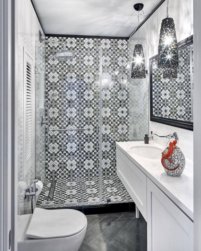 Éclairage de salle de bain avec douche