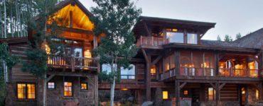 mountain-ranch-rustic-exterior
