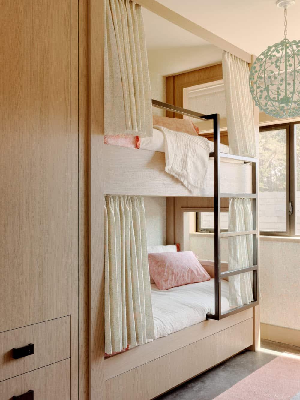 chambre-superposée-chambre-enfant-maison-de-plage-moderne