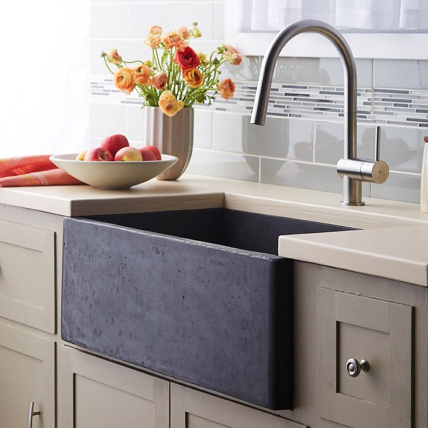 évier-de-cuisine-à-tablier-est-l'une-des-meilleures-idées-de-remodeler-votre-cuisine-avec-un-design-génial-11