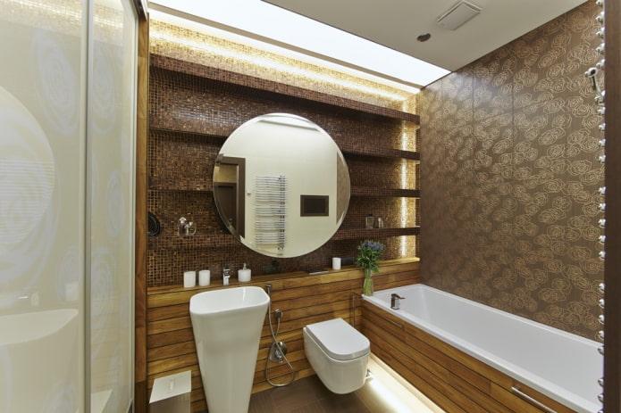 étagères carrelées dans la salle de bain