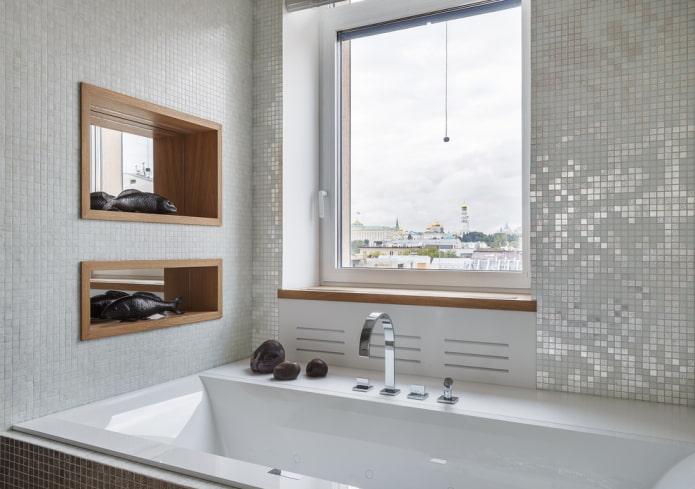 décoration en mosaïque à l'intérieur de la salle de bain