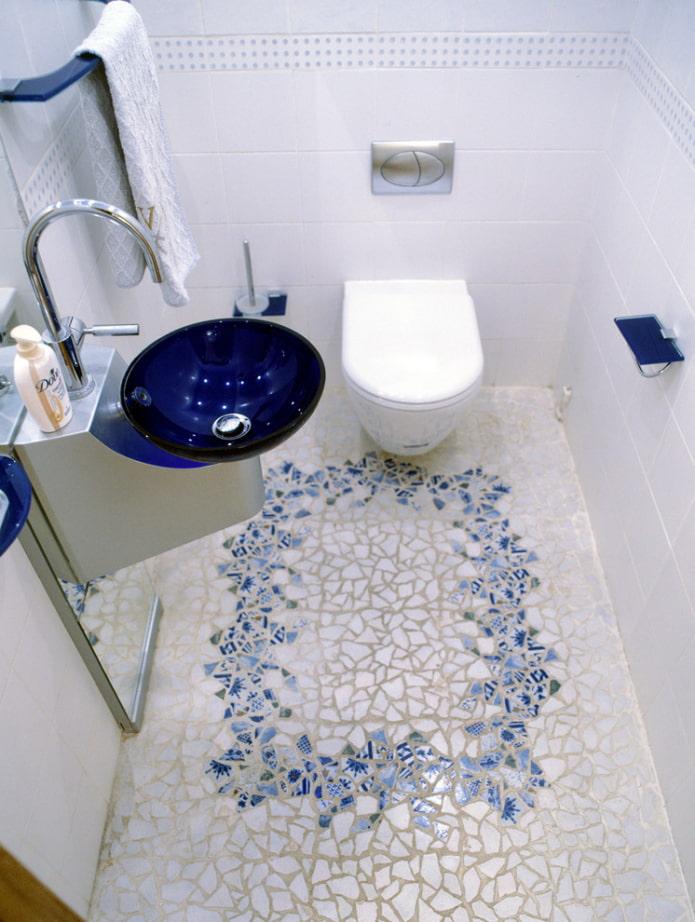 plancher de toilette
