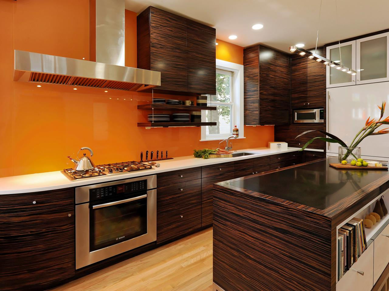 original_kitchen-countertops-armoires-jennifer-gilmer_s4x3-jpg-rend-hgtvcom-1280-960