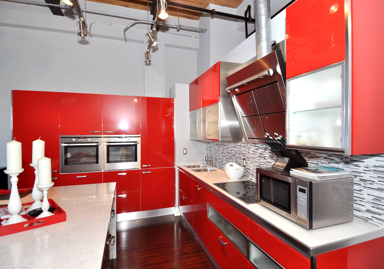 cuisine-magnifique-design-cuisine-italienne-idees-cuisine-rouge-vivace-idee-cuisine-rouge-idee-cuisine-idee-cuisine-rouge