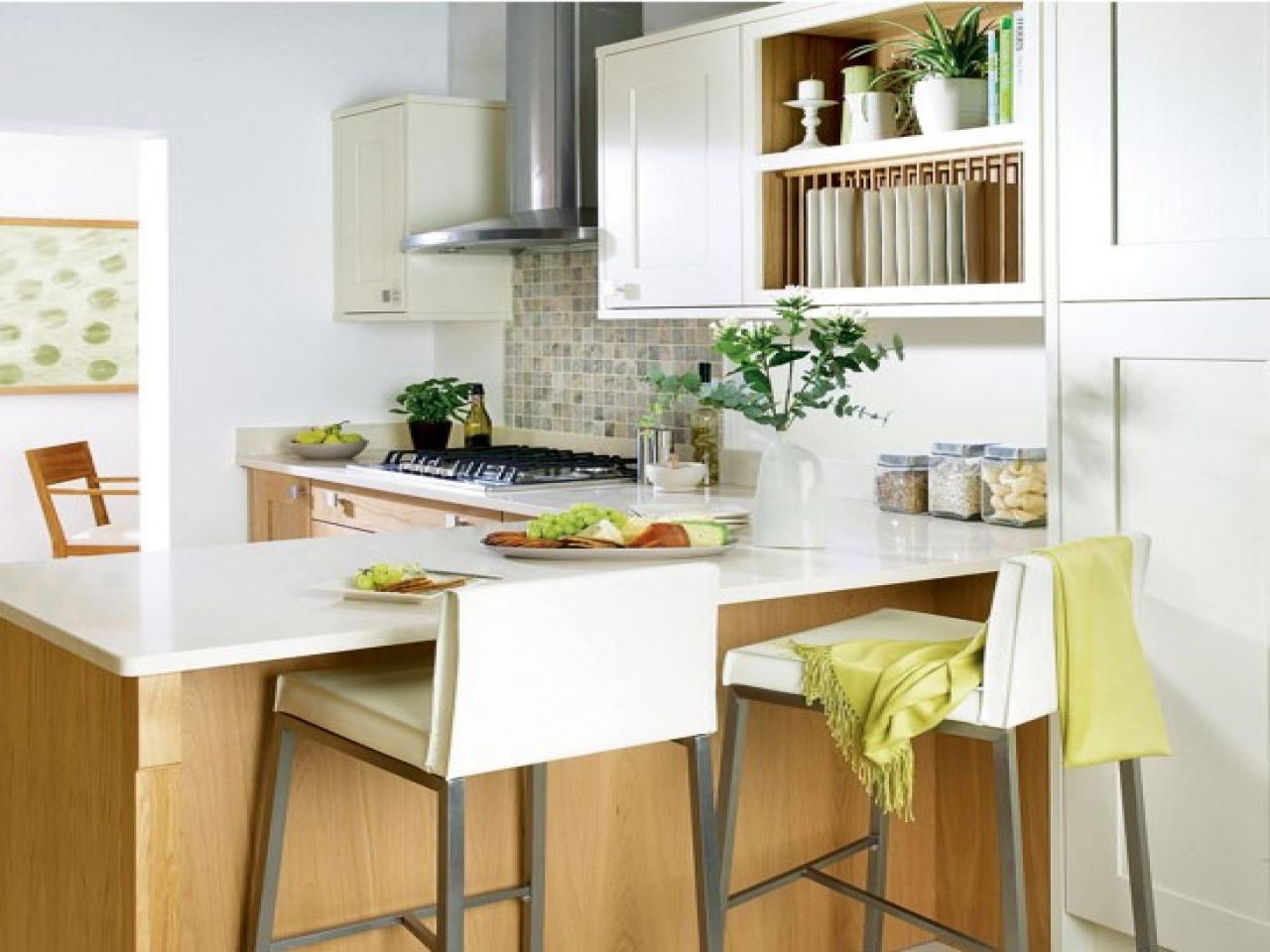 petite-cuisine-avec-bar-petit-déjeuner-cuisine-petit-déjeuner-tabourets-bar-b86dc7b30a262bf0