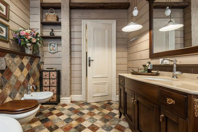 carrelage diagonal dans la salle de bain
