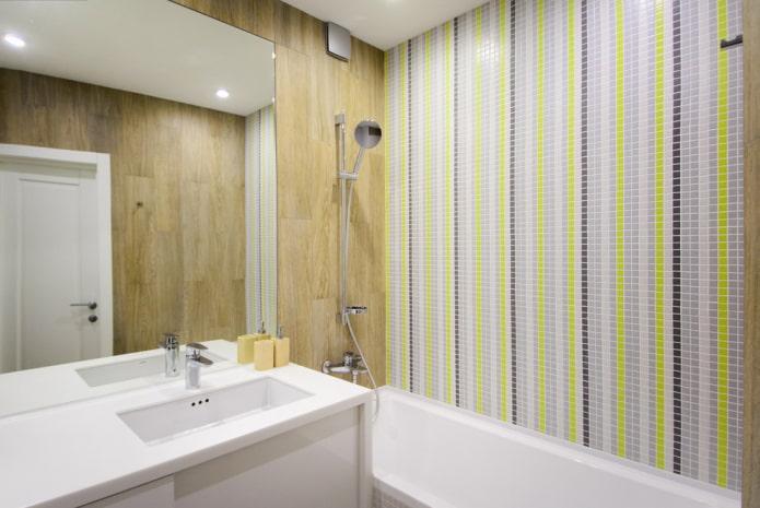 salle de bain carrelée linéaire