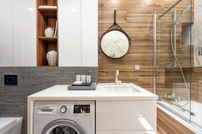 carreaux de mur en bois dans l'intérieur de la salle de bain