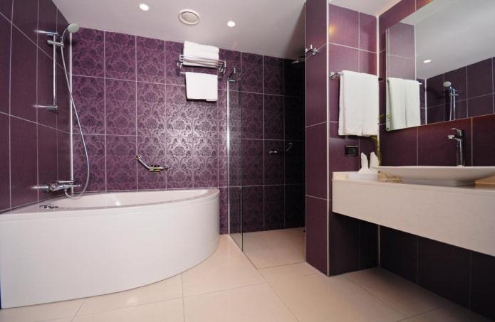 salle de bain violet foncé