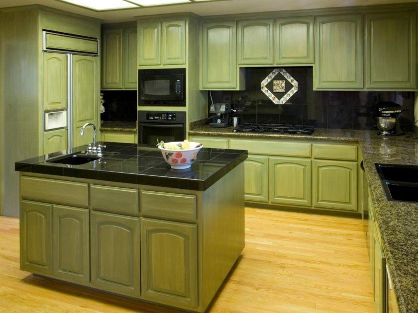 ts-140465873_green-armoires-de-cuisine_s4x3-jpg-rend-hgtvcom-1280-960