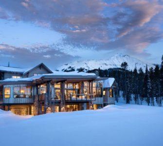 mountain-modern-ski-house-exterior