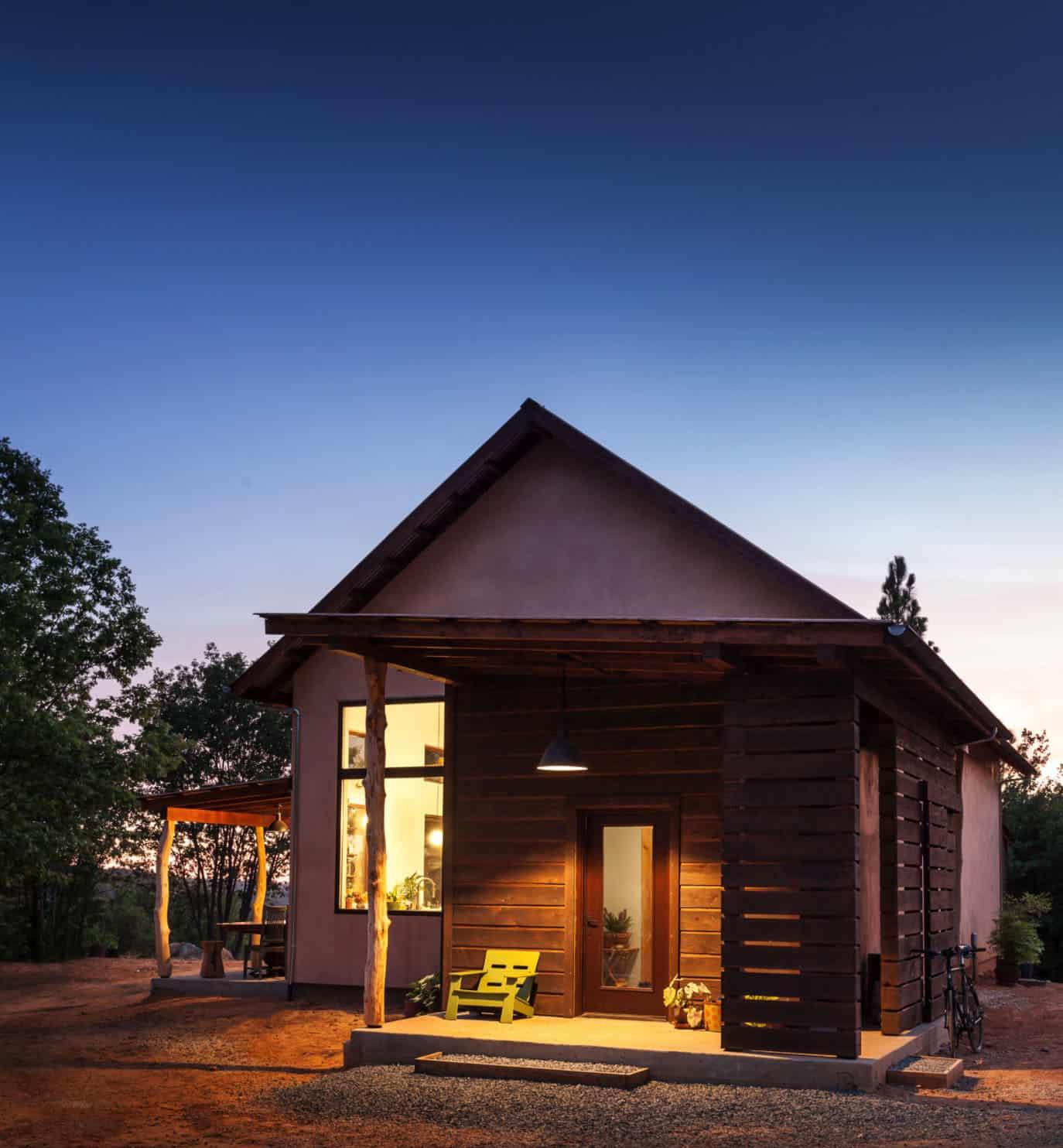 extérieur-maison-contemporaine-nette-zéro-énergie