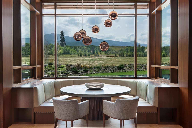 salle-a-manger-contemporaine-montagnarde