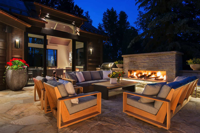 patio-maison-de-montagne-contemporain