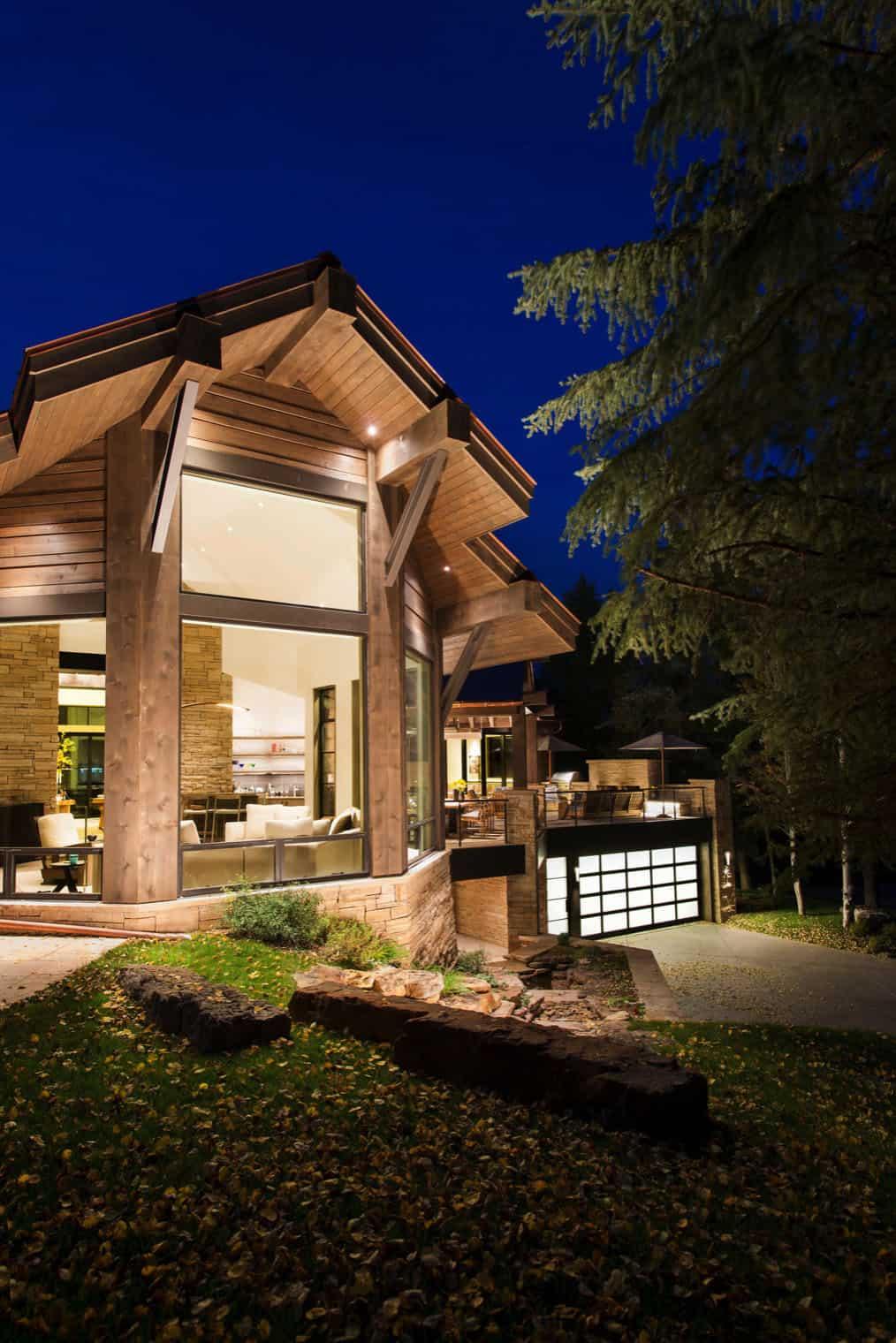 extérieur-maison-contemporaine-de-montagne