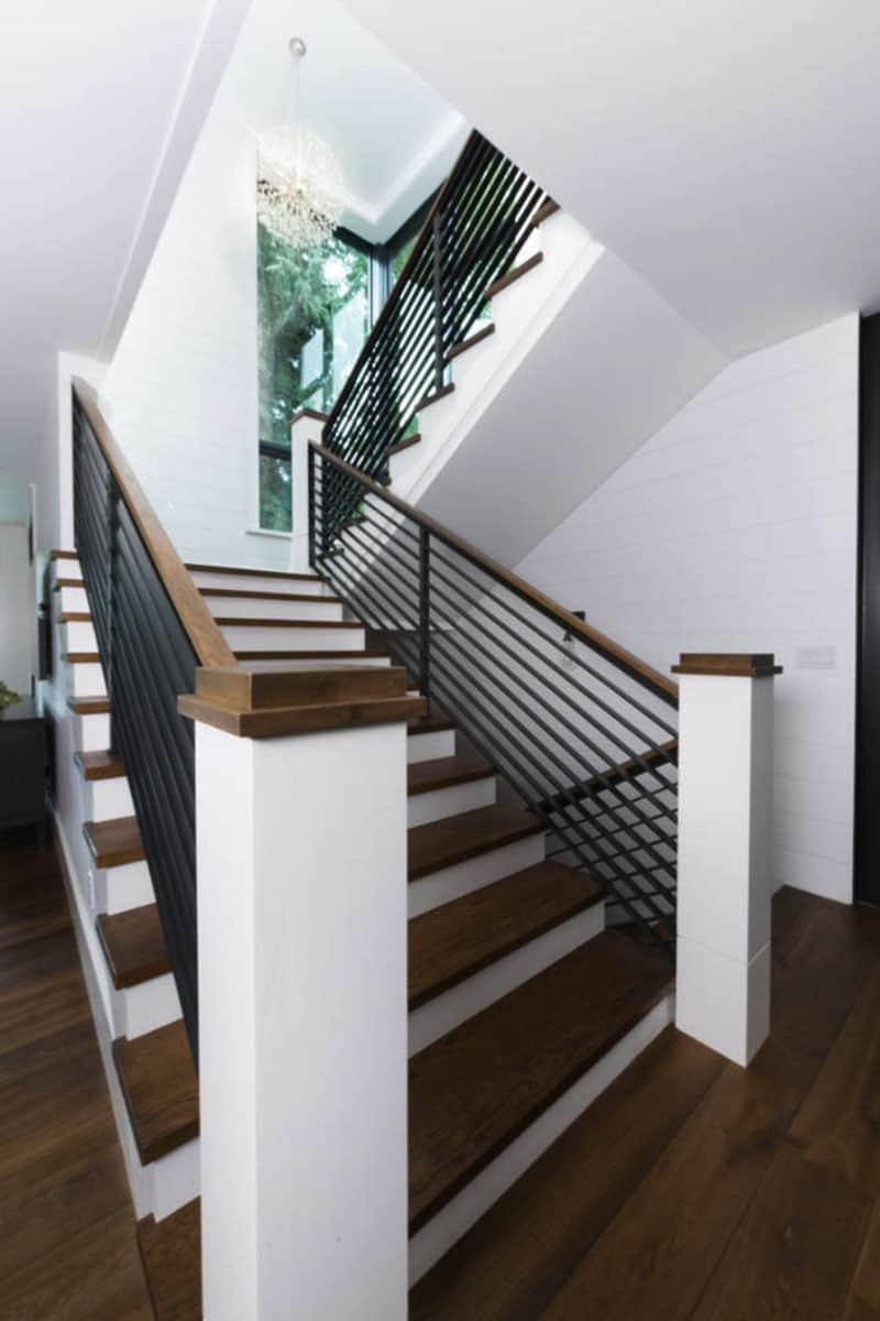 escalier-de-ferme-moderne