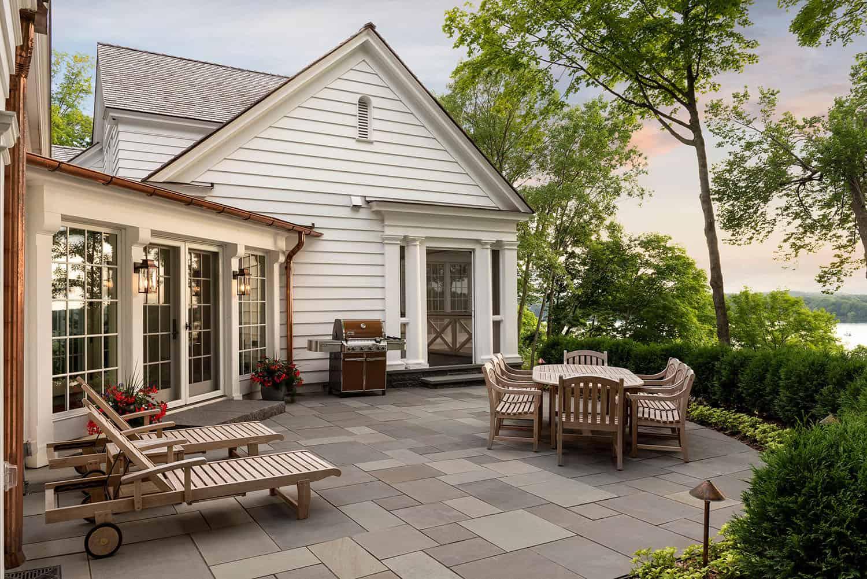 patio-maison de style colonial