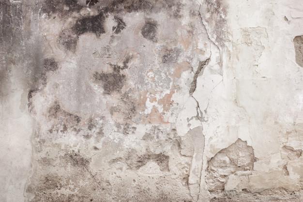 Couvrir le trou dans le mur