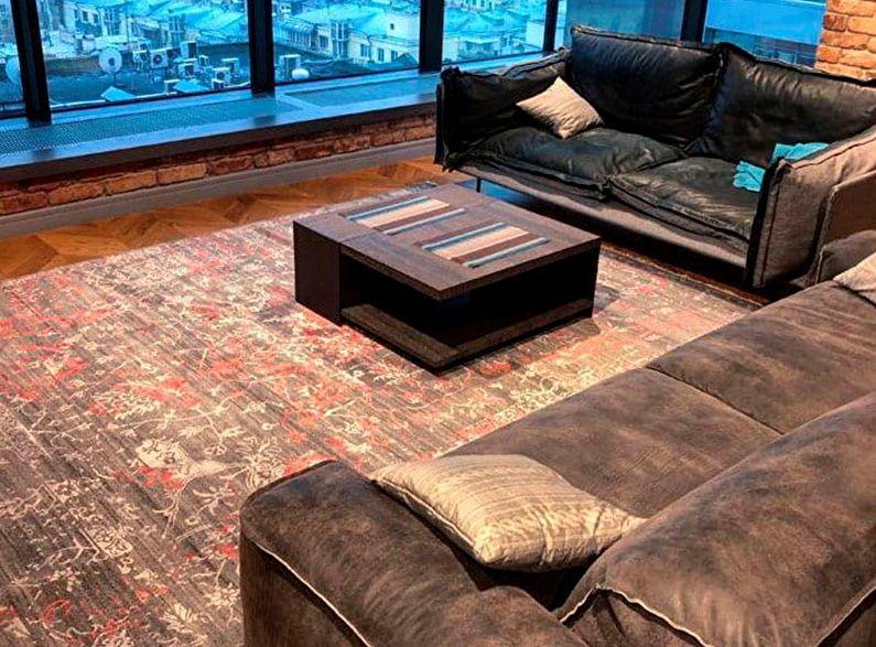Espace de style loft moderne avec fenêtres panoramiques et tapis SHABBY CLASSIC