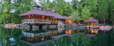 lake-house-rustic-exterior