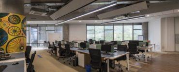 KPIT Office - Espace de travail proactif par Designers Group en Inde
