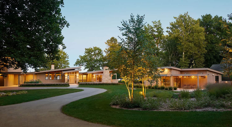 extérieur-maison-lac-moderne