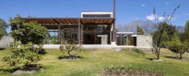 Maison Cotacachi par Arquitectura X en Equateur
