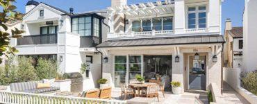 transitional-coastal-home-exterior
