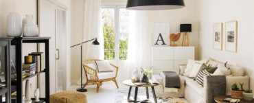 Houses With Low Cost Furniture You