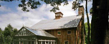 rustic-barn-farmhouse-exterior