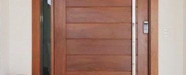 1622629372 200 Comment peindre une porte en bois Comment laisser une