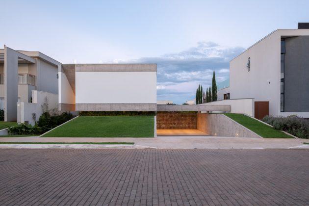 Maison Petry par Estudio MRGB à Brasilia, Brésil