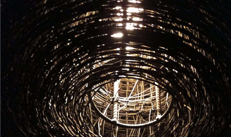 grange-rustique-luminaire-detail