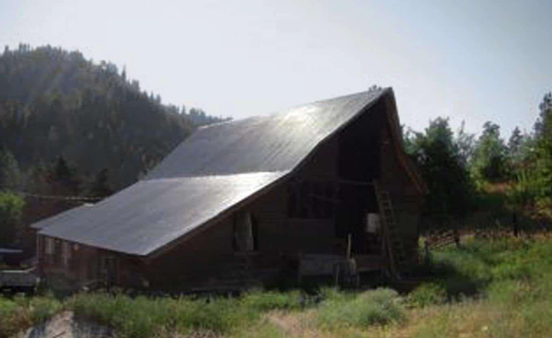 grange-rustique-exterieur-avant-renovation