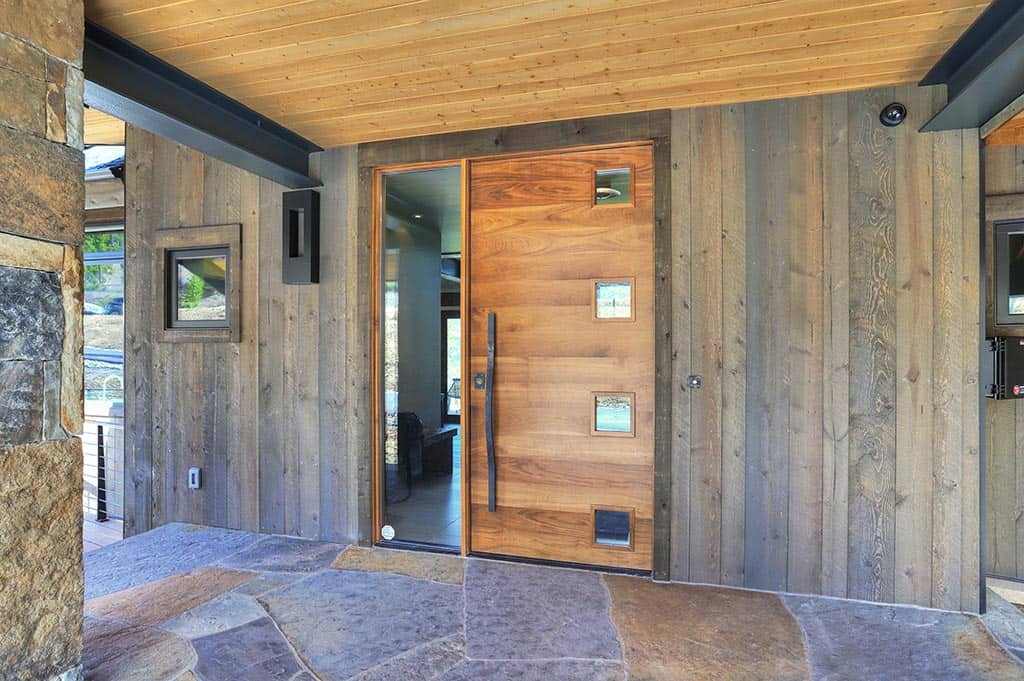 entrée-maison-montagne-moderne