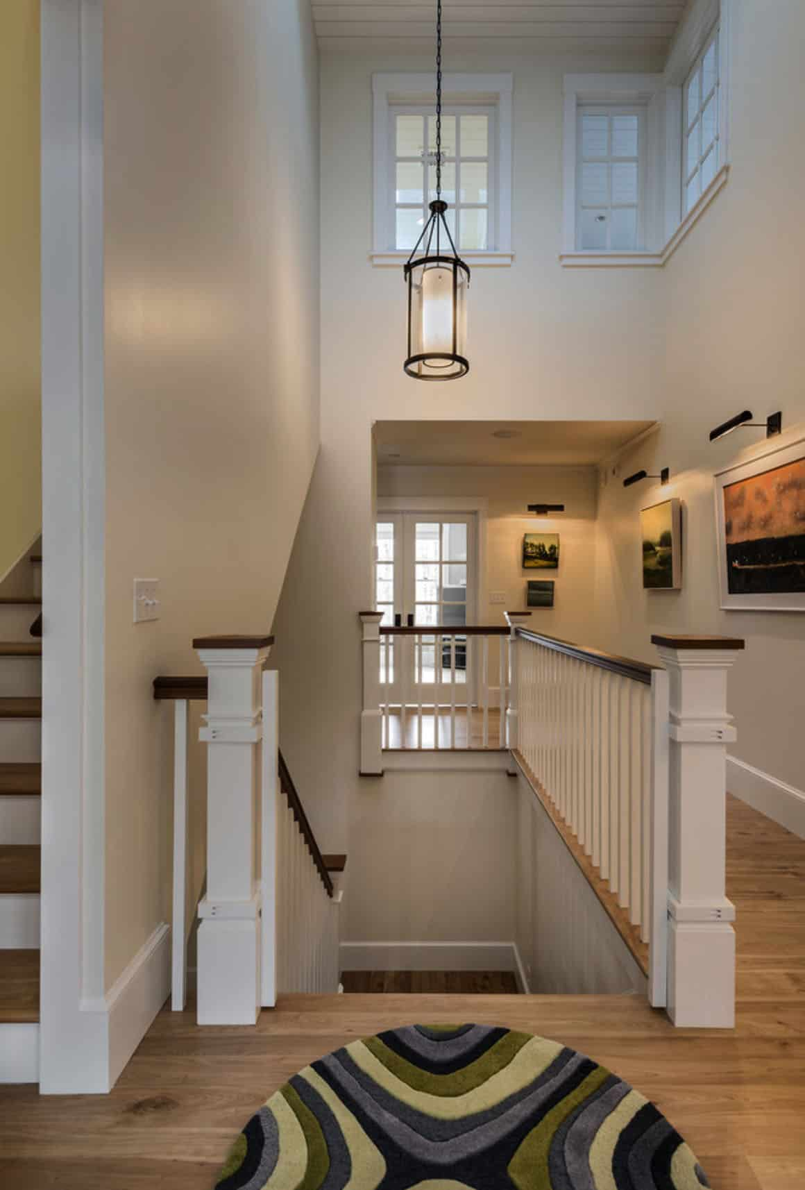 ferme-traditionnel-escalier