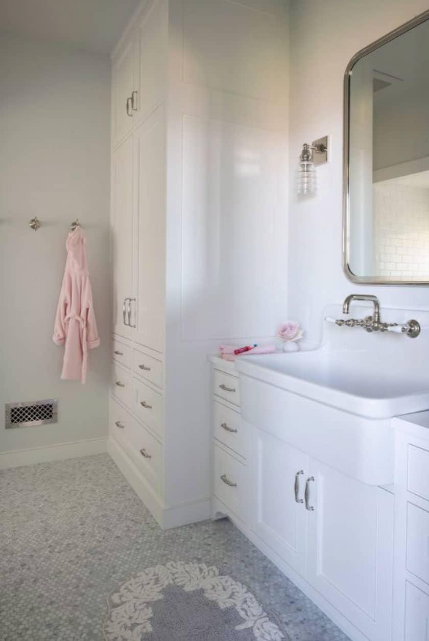salle-de-bain-moderne-rustique
