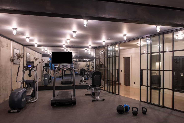 salle-de-gym-maison-moderne-rustique
