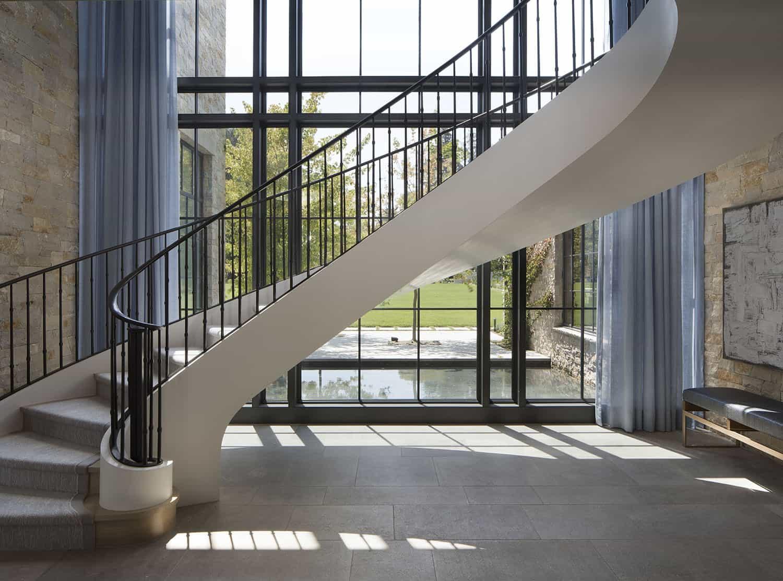 escalier-d'entrée-de-maison-style transitionnel