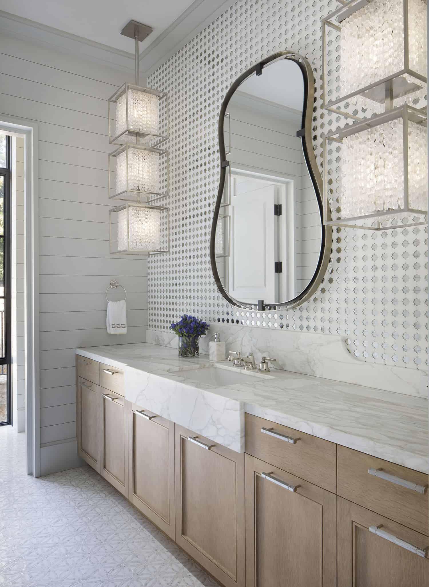 salle de bain de style transitionnel