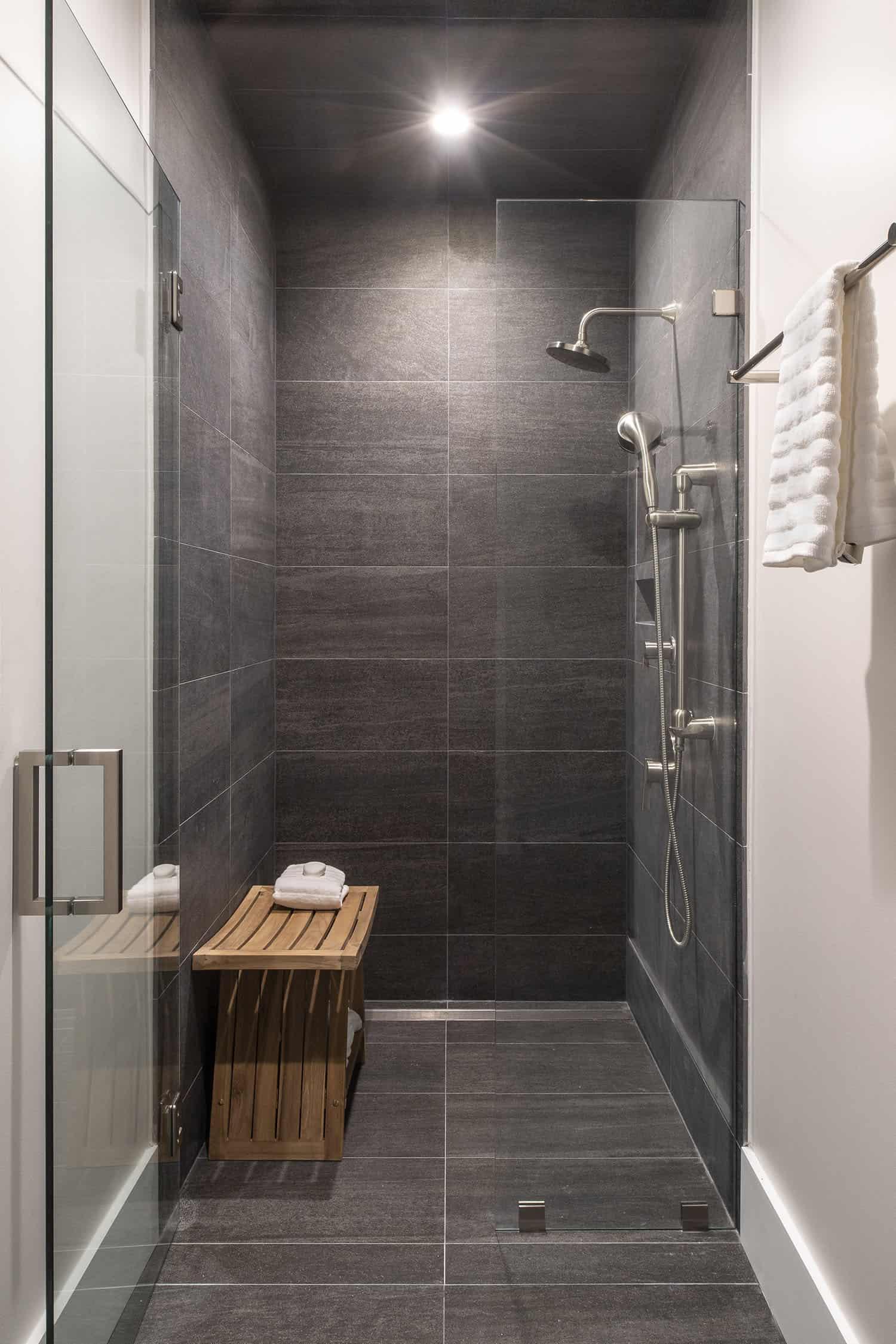 salle-de-bain-invité-salle-de-bain-contemporaine