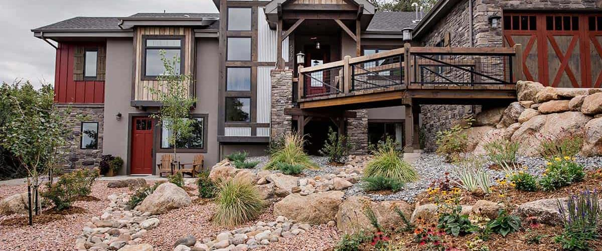 mining-inspired-house-exterior
