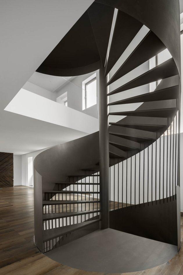 Green House - Réhabiliter la mémoire et l'identité d'une maison à Santo Tirso