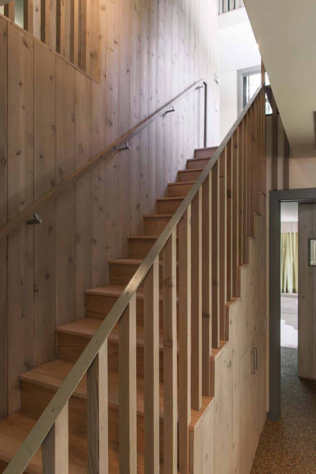 escalier-moderne-mi-siècle