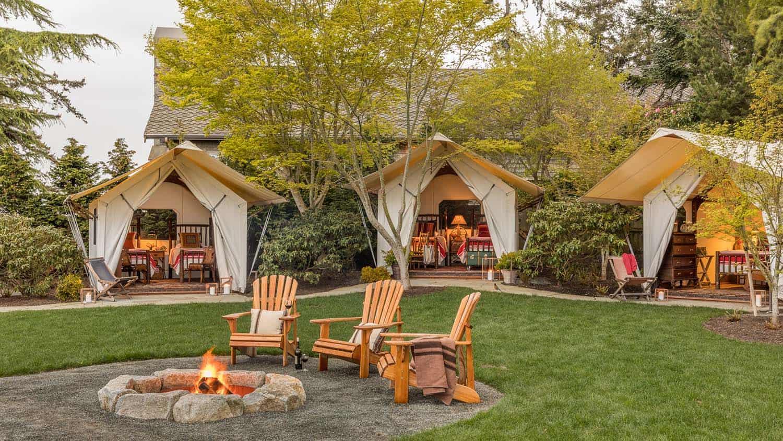 refuge-rustique-glamping-tente-foyer