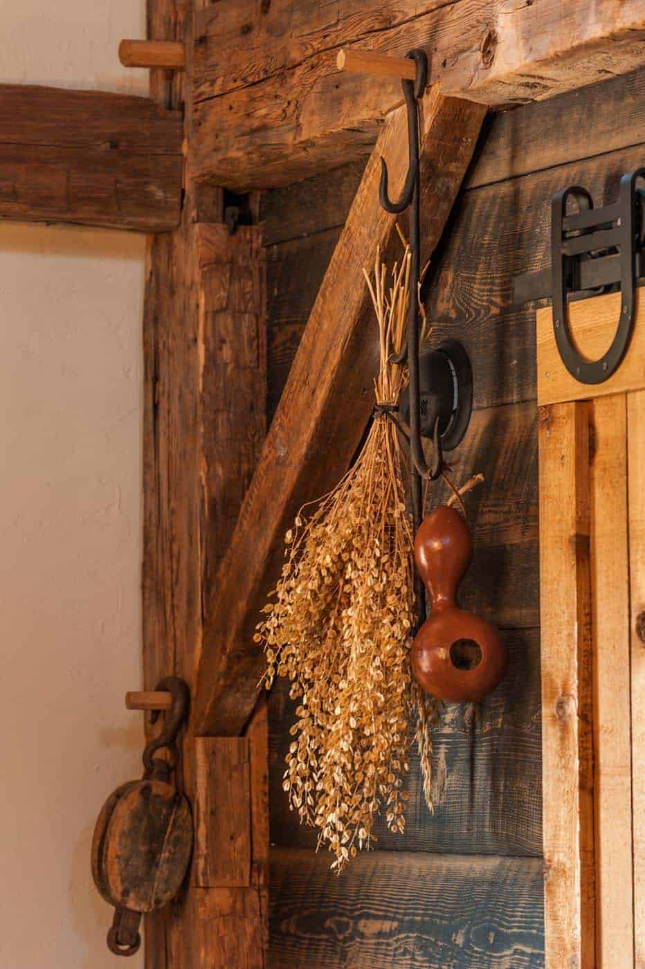 grange-maison-mur-détail