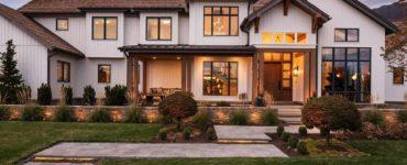 farmhouse-exterior-utah