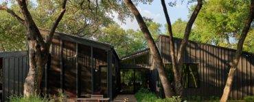 Ridgeview House by THOUGHTBARN in Austin, Texas