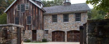 modern-rustic-barn-farmhouse-exterior